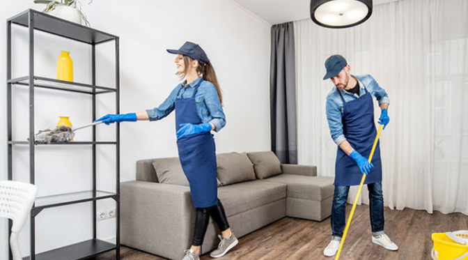 Tools and Supplies That Professionals Use For Apartment Cleaning